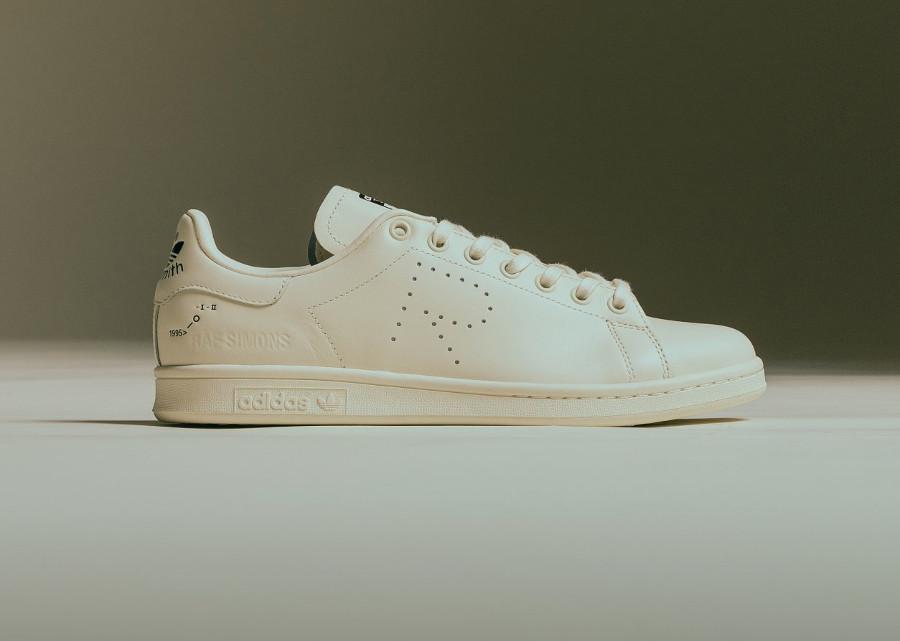 raf-simons-adidas-stan-smith-blanc-cassé-F34256 (2)
