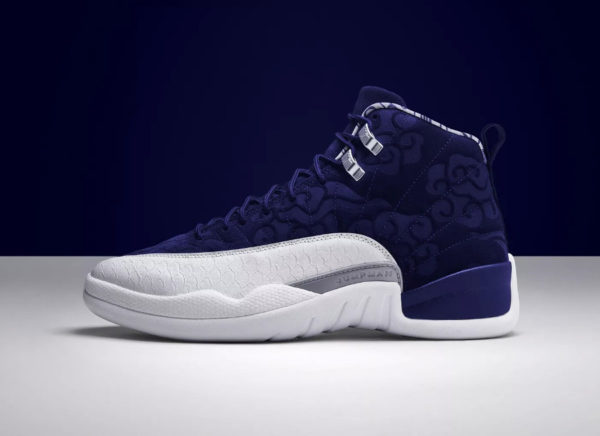 sortie-air-jordan-12-internationale-flight