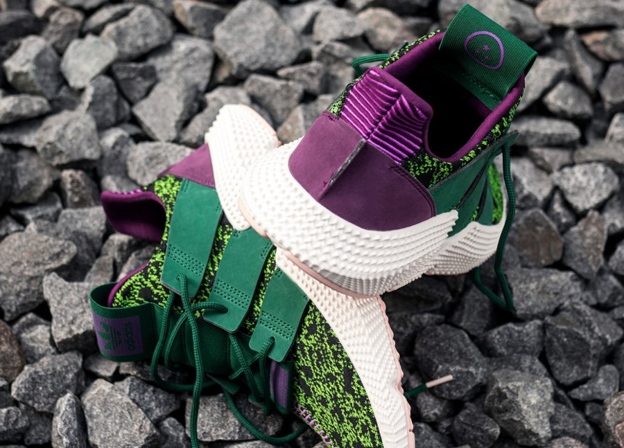 Adidas Dragonball Z Prophere noir violet et vert on feet D97053 (4)