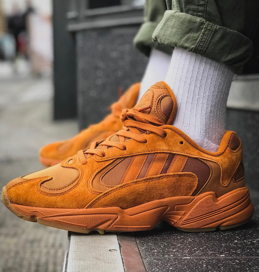 Adidas Falcon Yung 1 Ochre toute orange on feet (1)