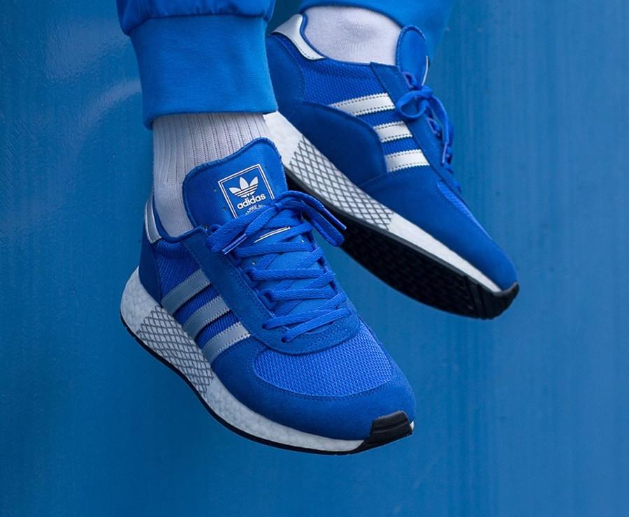 Adidas Marathon TR x Iniki I-5923 bleue argent métallique G26782 on feet (4)