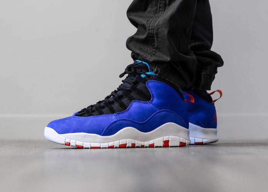 Air Jordan X Suede bleu et orange on feet (7)