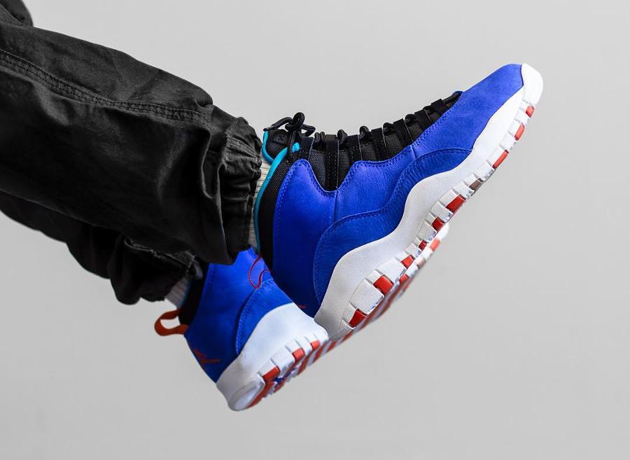 Air Jordan X Suede bleu et orange on feet (8)
