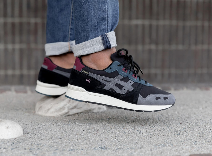 Asics Gel Lyte Gore Tex 'Black Dark Grey' on feet (4)