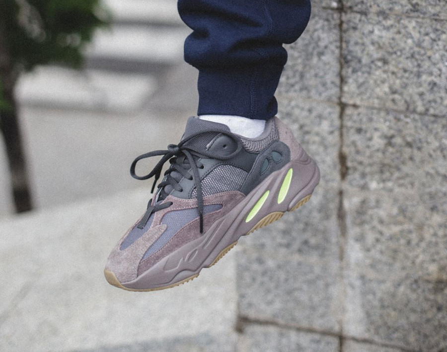 Kanye West x Adidas Yeezy 700 Boost 'Mauve' on feet (3)