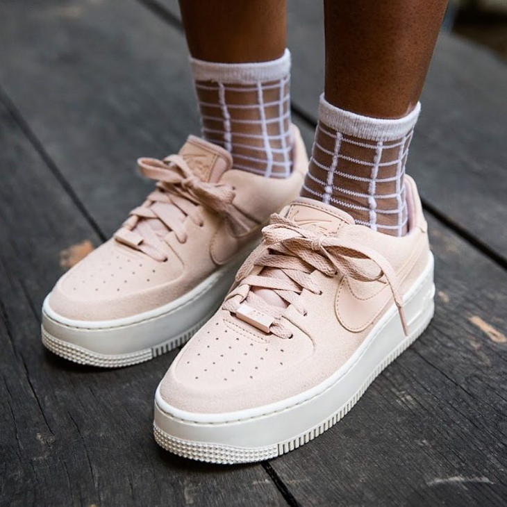 Nike AF1 Air Force 1 Sage Low femme Jorja Smith 'Particle Beige' -