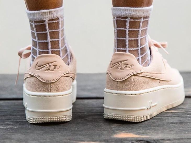chaussures de séparation a66e2 4309c Avis] Nike AF1 Air Force 1 Sage Low femme Jorja Smith ...