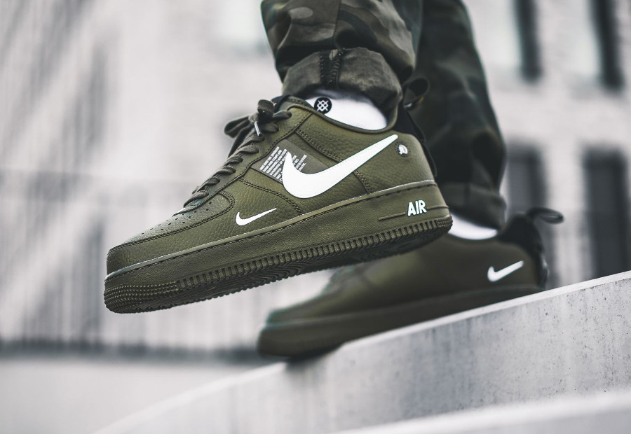 Nike Air Force 1 07 LV8 Utility vert militaire Olive Canvas AJ7747-300 (2)