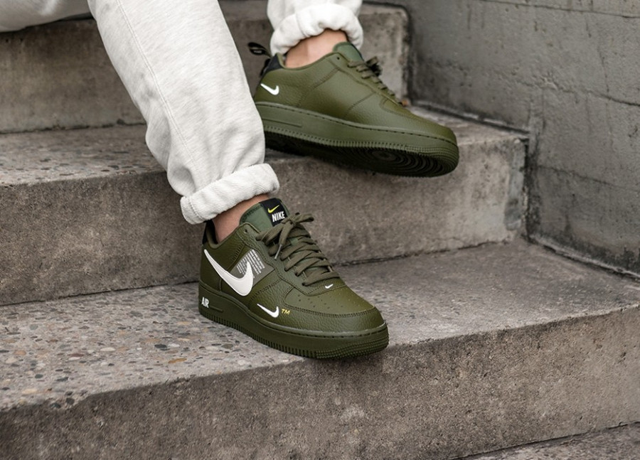 Nike Air Force 1 07 LV8 Utility vert militaire Olive Canvas AJ7747-300 (3)