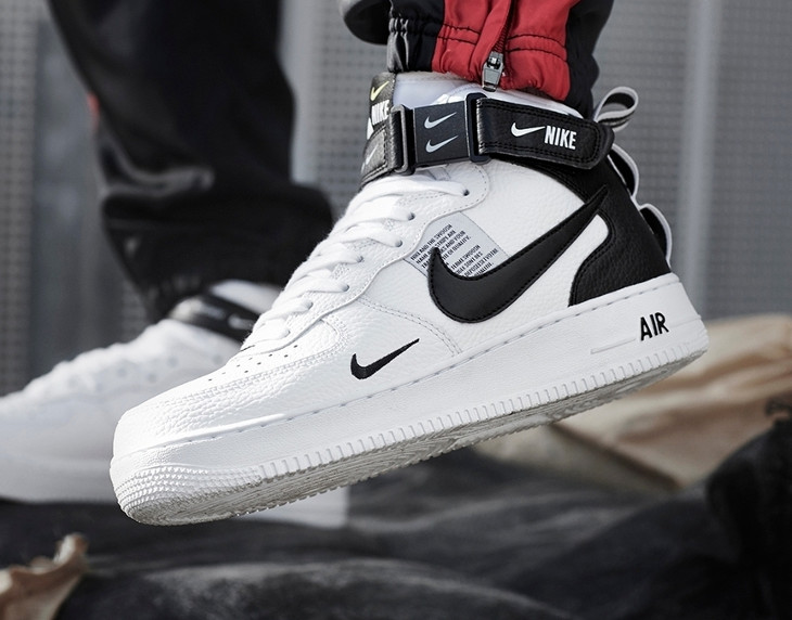 Nike Air Force 1 Mid '07 LV8 Utility 'White Black'