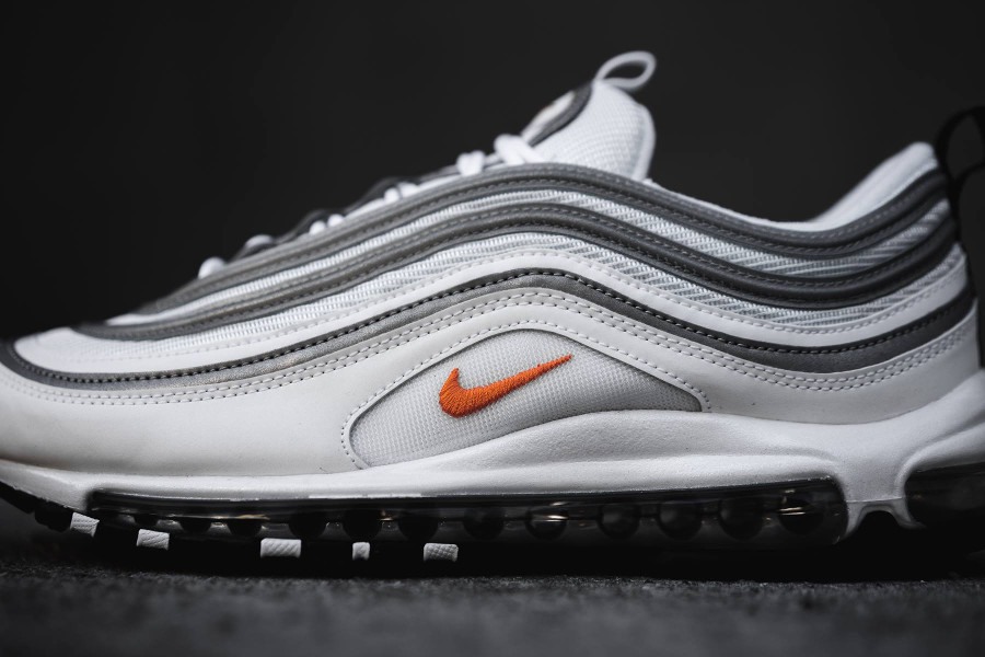 Nike Air Max 97 blanche orange et gris metallique (2)