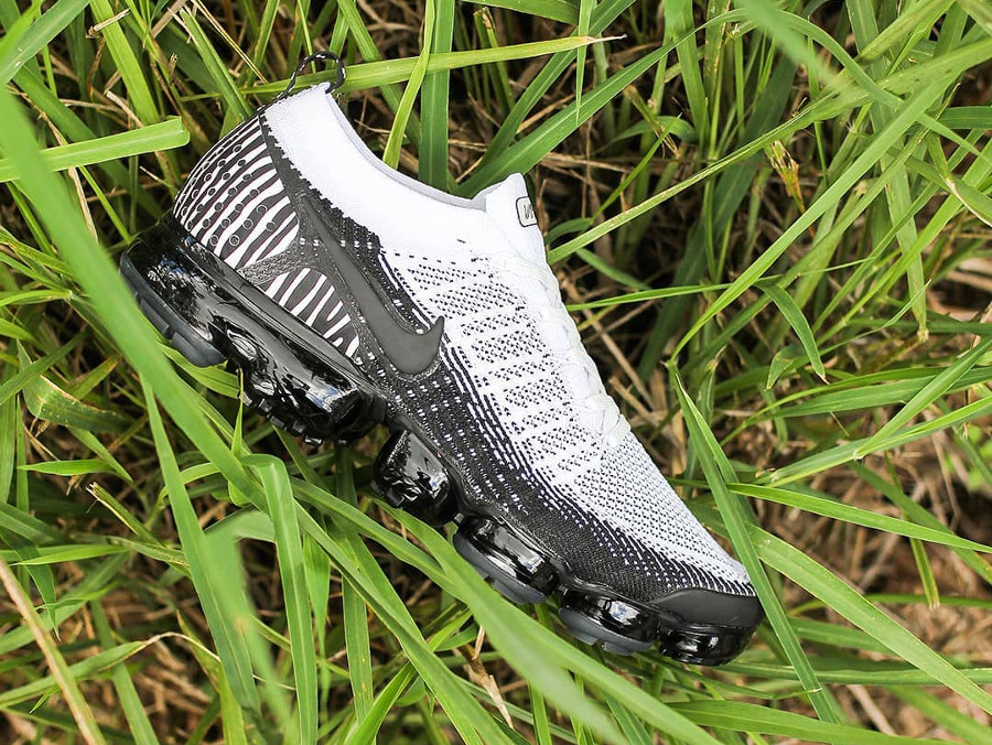 new product 5713e e3aed Nike Air Vapormax FK 2 zèbre blanche et noire (1)
