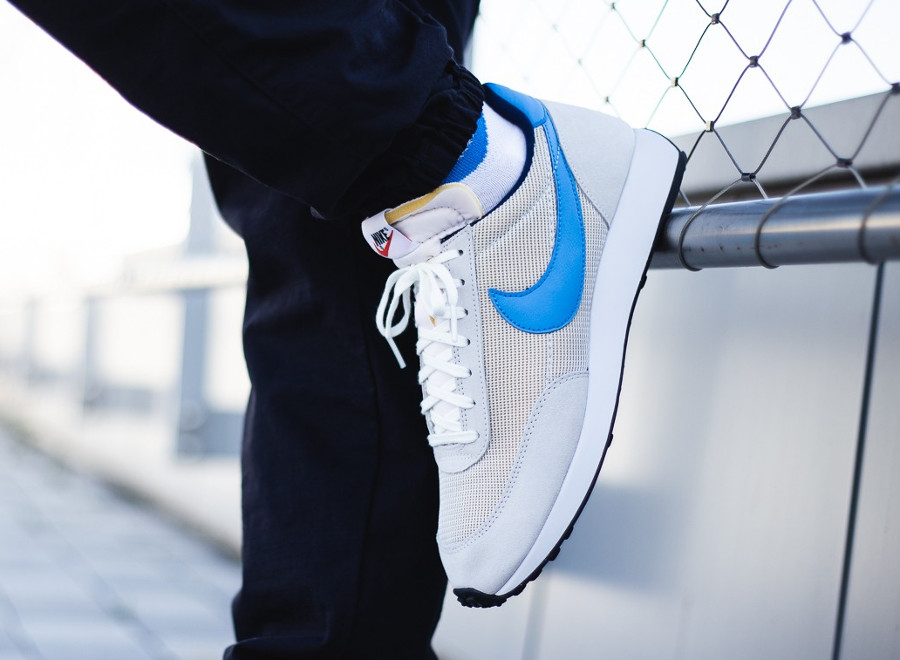 Nike Tailwind OG gris vaste bleu photo clair on feet BQ5878-001 (2)