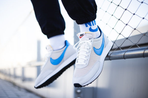 Nike Tailwind OG gris vaste bleu photo clair on feet BQ5878-001 (3)