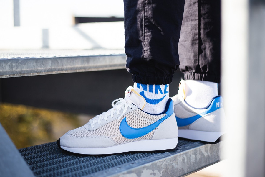 Nike Tailwind OG gris vaste bleu photo clair on feet BQ5878-001 (4)