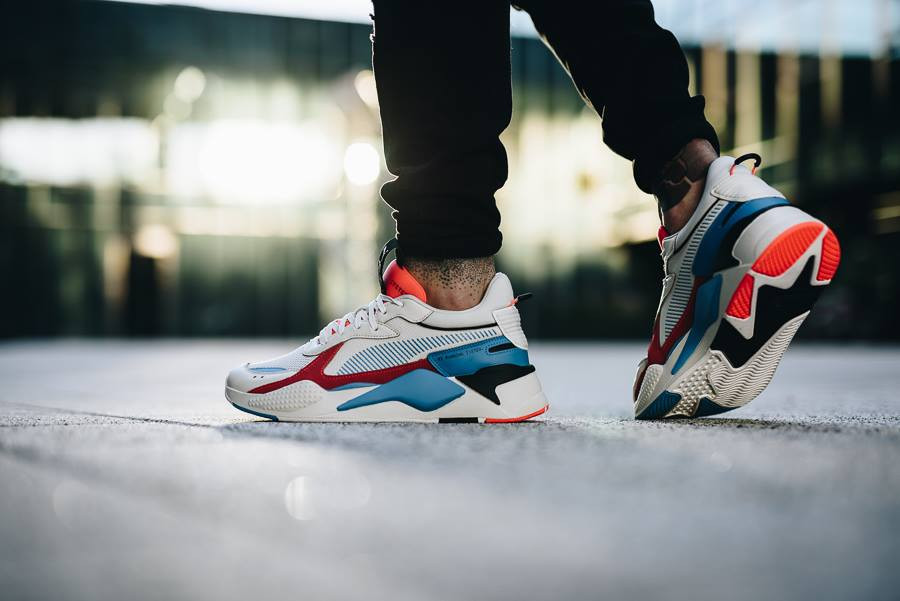 Ugly shoe Puma RS X beige rouge et bleue 369579_01 (3)
