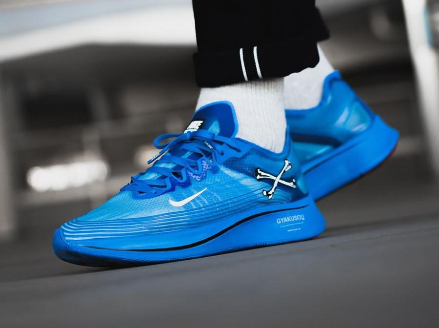 acheter chaussure Nike Zoom Fly Gyakusou bleu on feet AR4349-400