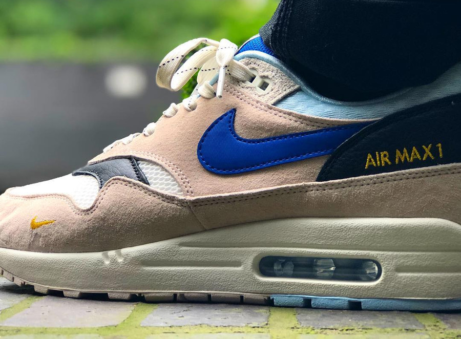 air-max-87-size-exclusive-beige-et-bleue-on-feet-AV5188-001 (1)