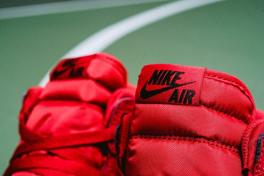 basket-nike-air-jordan-legacy-312-toute-rouge-AV3922-601 (4)