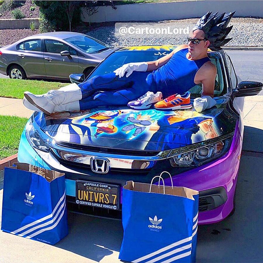 Végéta avec ses Adidas Yung-1 Freezer et Adidas ZX 500 RM Goku