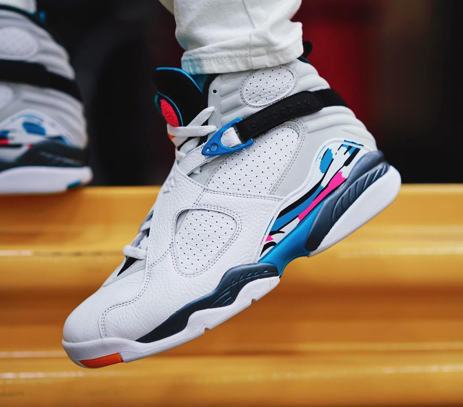jordan-viii-turbo-green-on-feet-305381-113 (1)