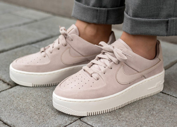 Nike Wmns Air Force 1 Sage Low 'Particle Beige'