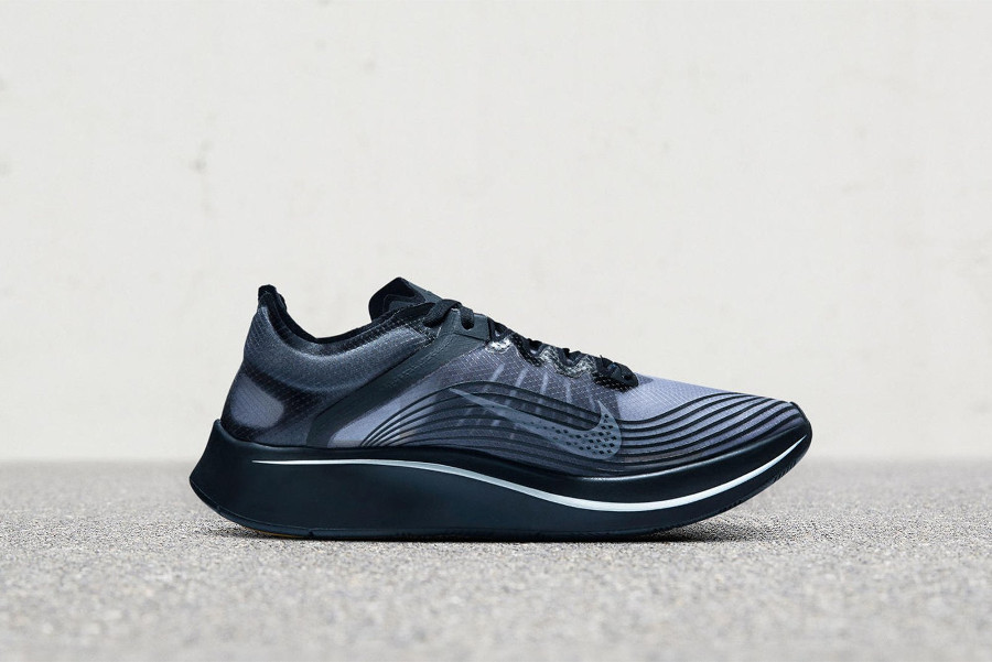 nikelab-zoom-fly-gyakusou-black