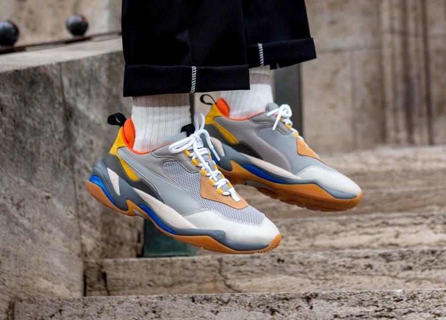 puma-thunder-spectra-gris-orange-jaunee-et-beige-367516 02 (3)