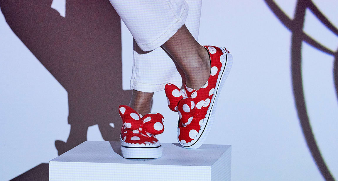 vans-mickey-mouse-90th-anniversary (2)