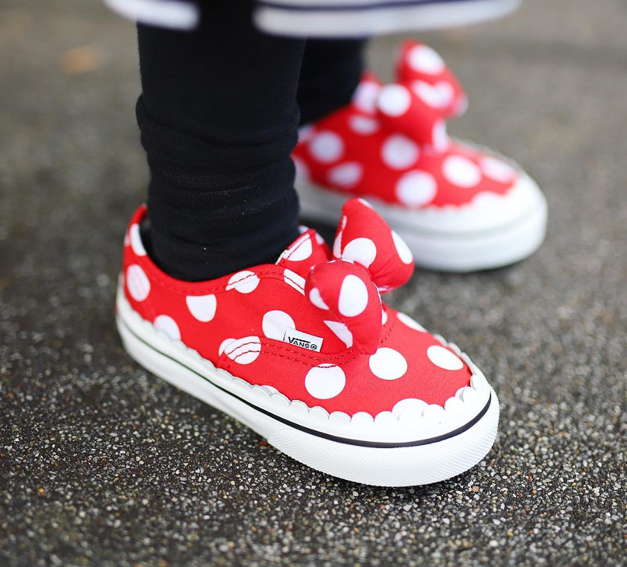 vans-ua-authentic-gore-minnies-bow-VN0A38ETUJ31