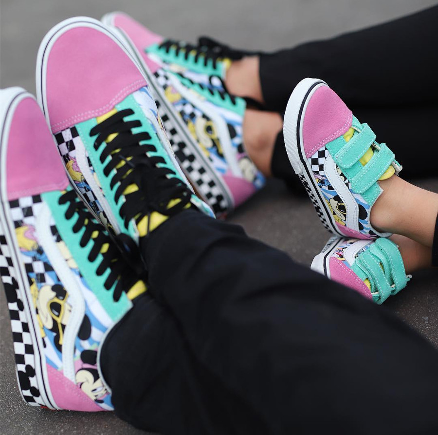 vans-ua-old-skool-disney-mousercise-VN0A38G1UJE1 (2)