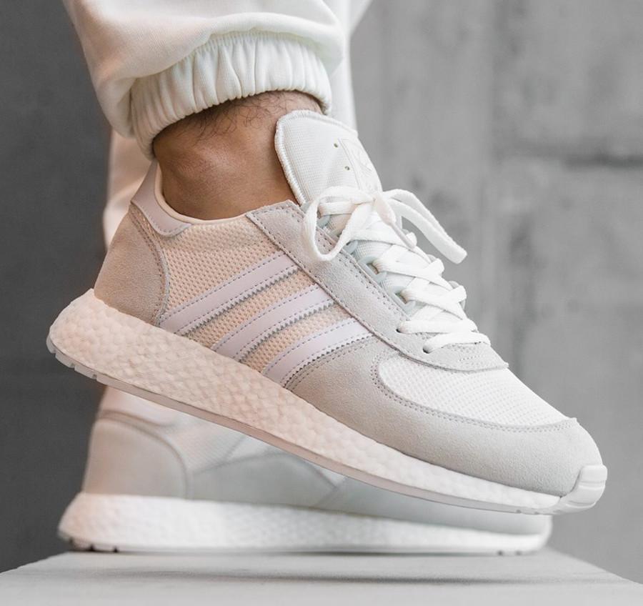 Adidas MarathonX5923 Cloud White Grey One on feet