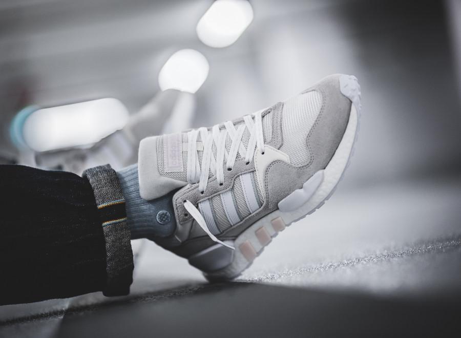 Adidas ZX 930 x EQT Cloud White Grey One on feet (1)