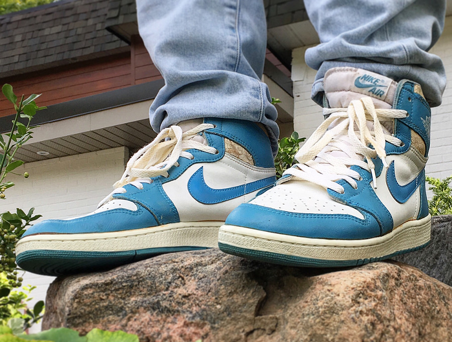 Air-Jordan-1-High-1985-OG-Carolina - @headzaintredee