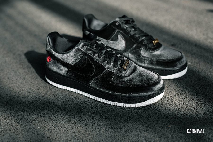 Nike Air Force 1 07 Quickstrike en velour noir (1)