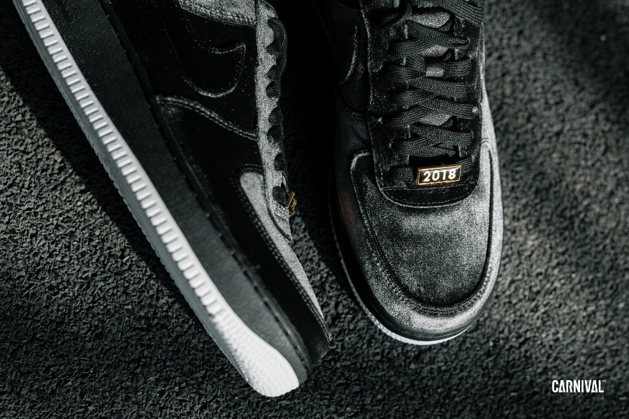 Nike Air Force 1 07 Quickstrike en velour noir (3)