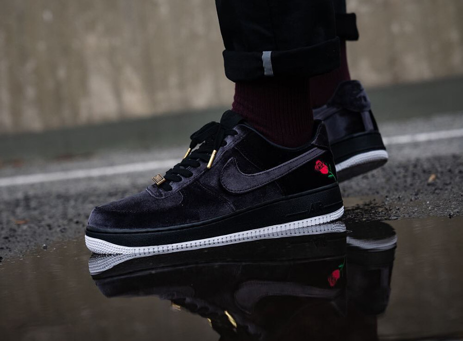 Nike Air Force 1 Low '07 QS Black 'Satin Velvet Rose'