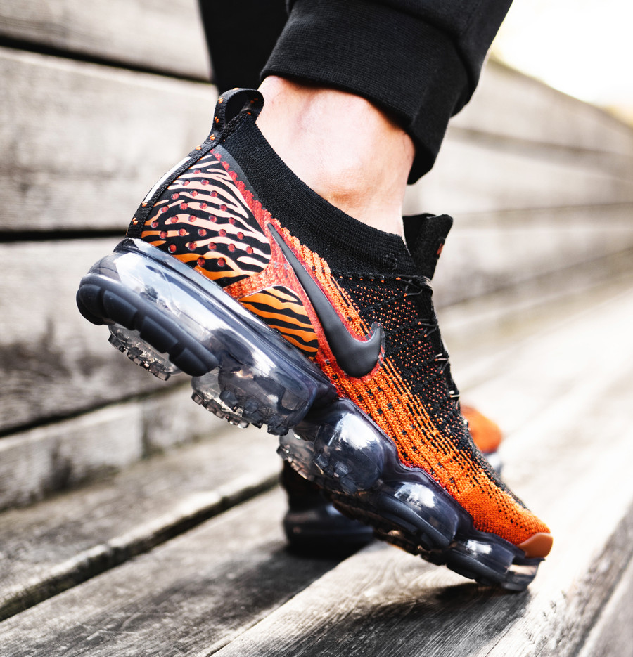 Nike Air Vapormax FK 2.0 'Tiger Stripes' Desert Orange Black on feet