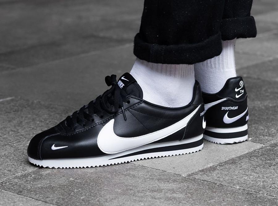 Nike Cortez Premium noire Multi Swoosh (2)