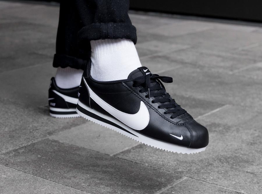 Nike Cortez Premium noire Multi Swoosh (3)