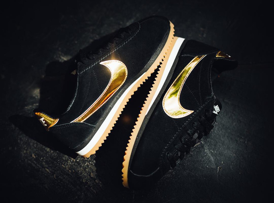 Nike Cortez femme Black Metallic Gold pas cher