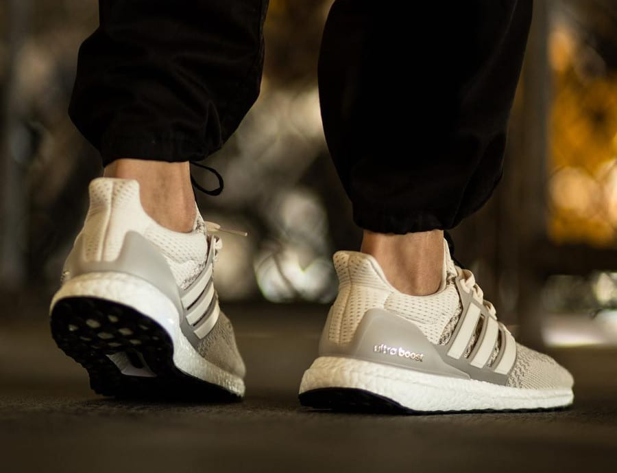 adidas-ultra-boost-og-pk-beige-on-feet (2)