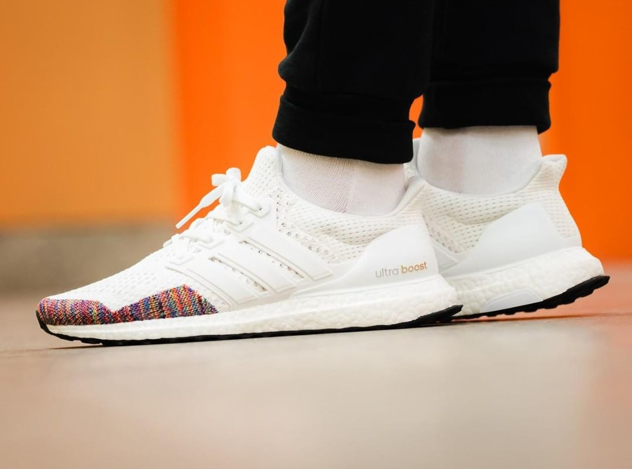 adidas-ultra-boost-pk-blanche-toe-box-multicolore (2)