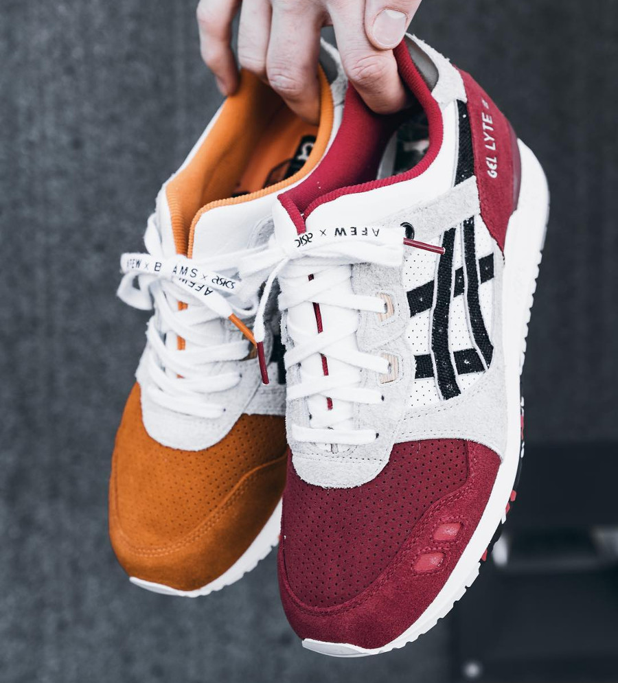 asics-gel-lyte-iii-carpe-japonaise-blanche-noire-et-orange-on-feet (1)
