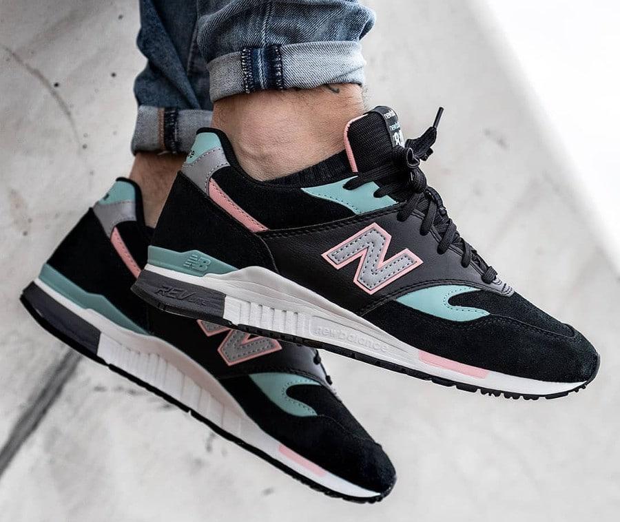 new-balance-ml-840-nta-noire-vert-menthe-et-rose (1)