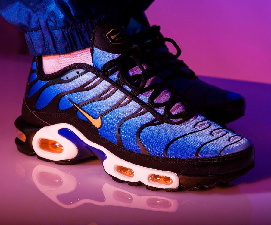 nike-air-max-plus-originale-bleue-noire-et-orange-2018 (2)