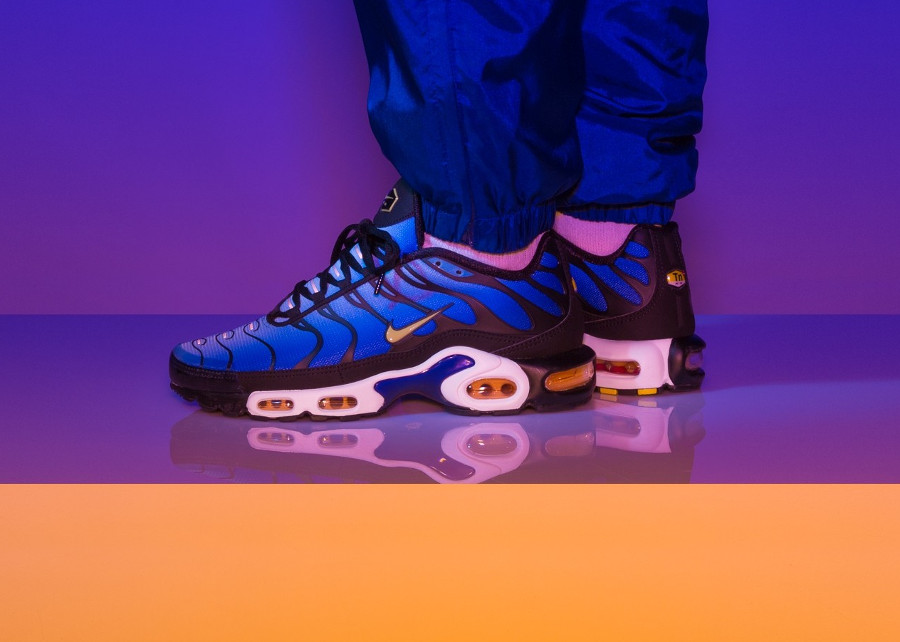 Nike Air Max Plus OG 'Black Hyper Blue 2018'