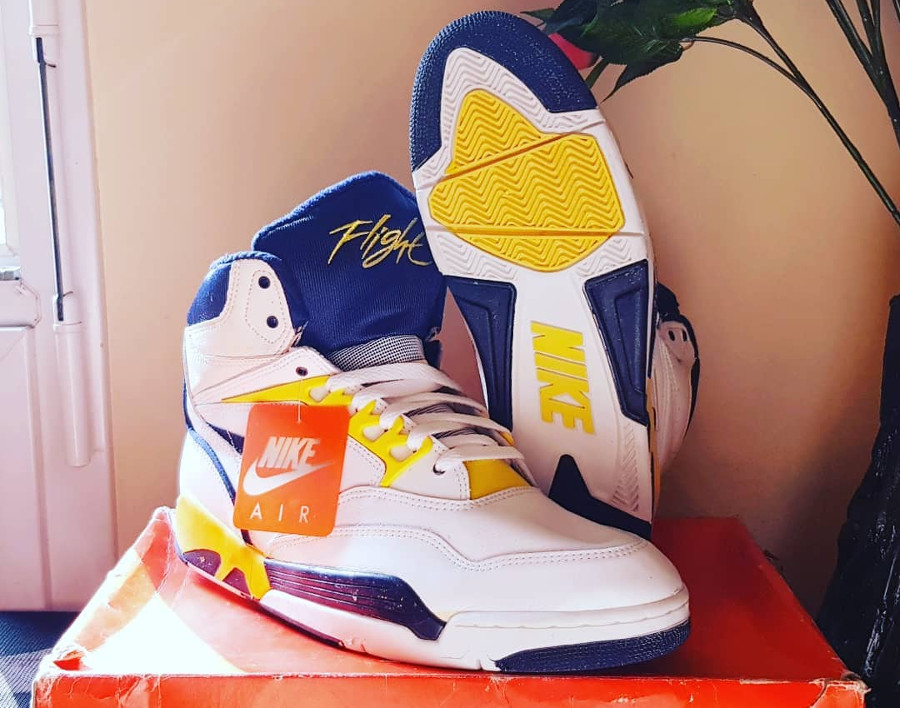 nike-air-solo-flight-1990-back_2_og