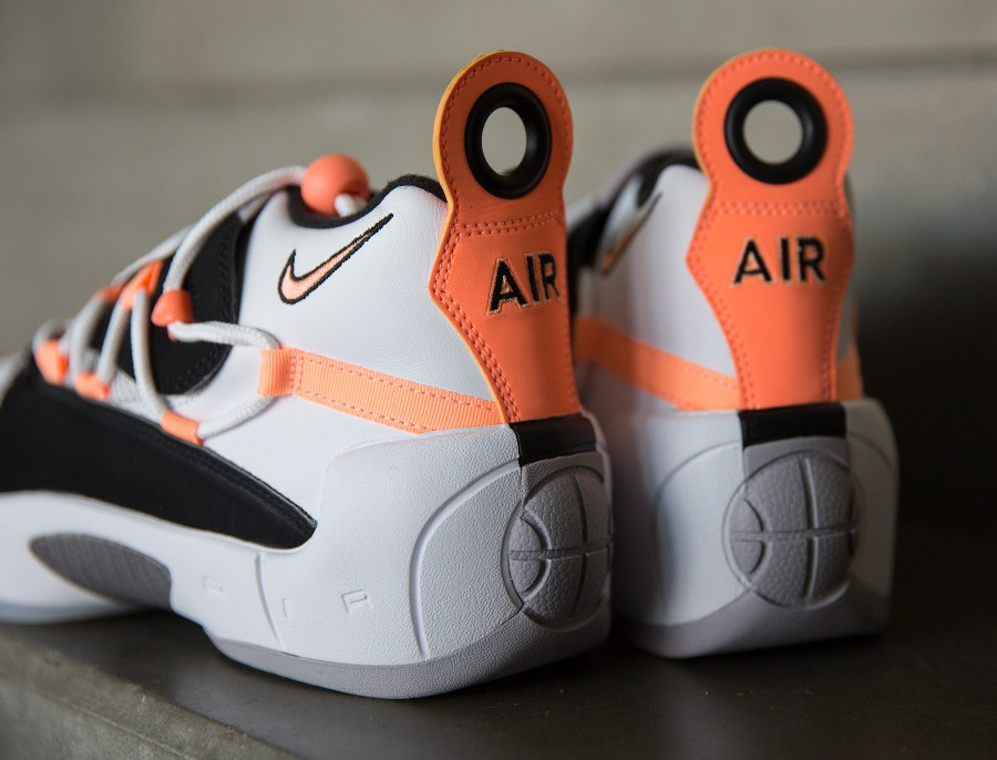 Nike Wmns Air Swoopes II 'Orange Pulse'