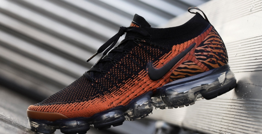 nike-air-vapormax-2-fk-tigre-orange-et-noire-Av7973-800 (2)